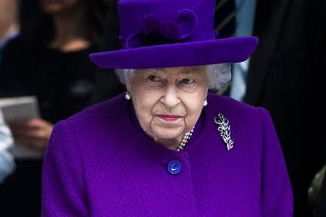 """I protocolli dopo la morte della Regina: """"Blackout comunicativo delle istituzioni"""""""