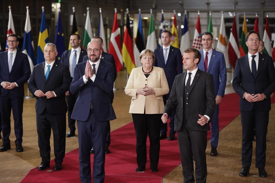"""Ue, l'addio di Angela Merkel: """"Lascio in un momento preoccupante"""""""