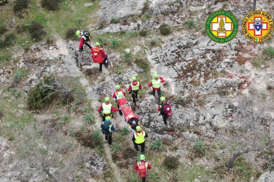 Allarme per due escursionisti dispersi nel Nuorese: la maxi-esercitazione