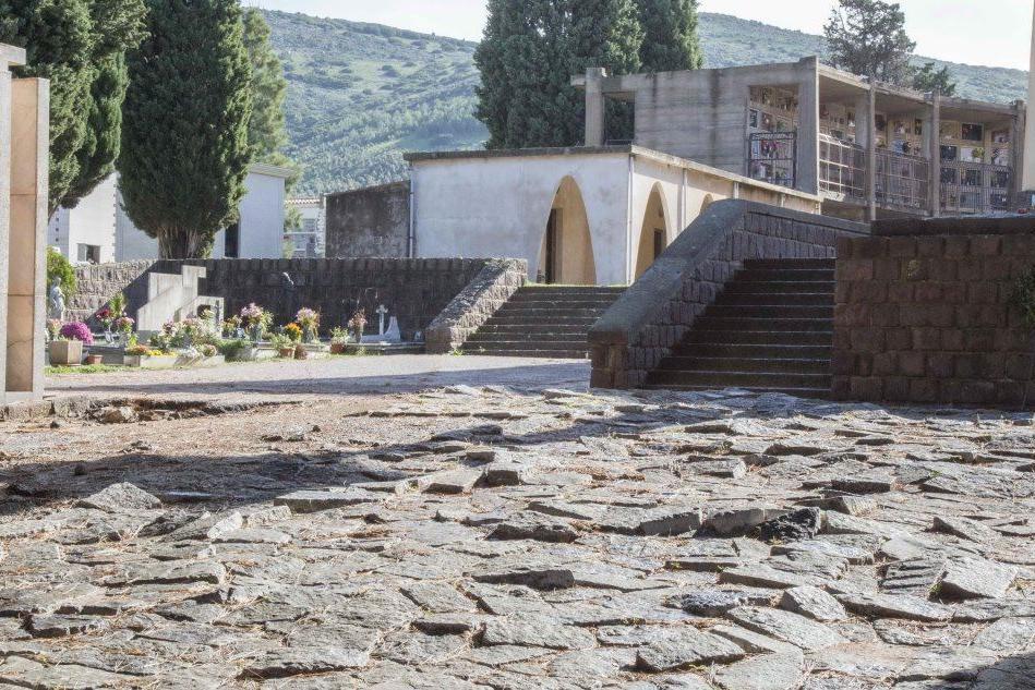 Cimiteri, a Carbonia via ai lavori di sistemazione straordinaria