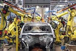 La crisi dei chip manda in crisi l'industria dell'auto