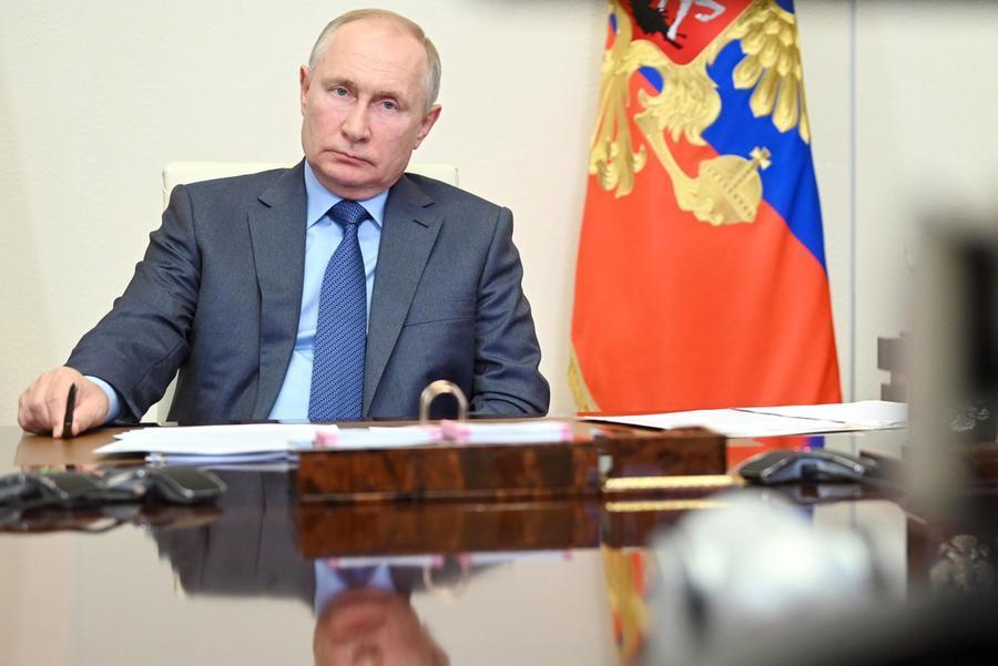 Elezioni: Putin canta vittoria ma il Partito comunista insorge