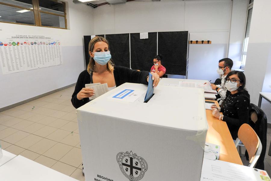 Seggi aperti a Capoterra, si vota fino alle 23