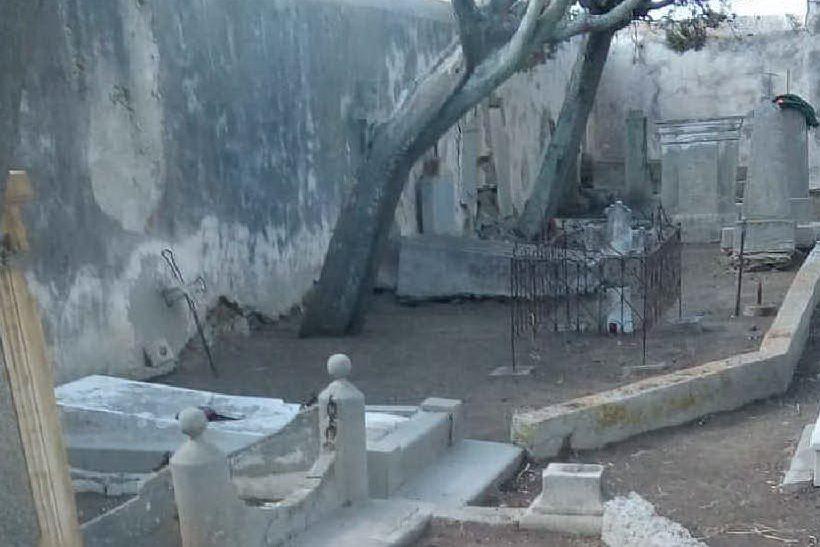 Asinara, restituiti al decoro i cimiteri storici dell'isola
