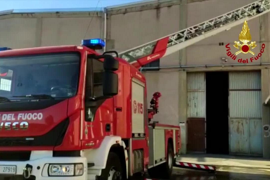 Sestu, allarme incendio: interviene il 115