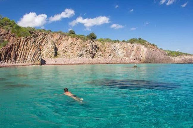 Settimana di grande caldo nell'Isola, temperature come a giugno