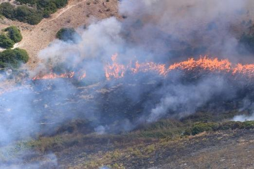 Incendio doloso tra Pozzomaggiore e Padria, denunciati due allevatori