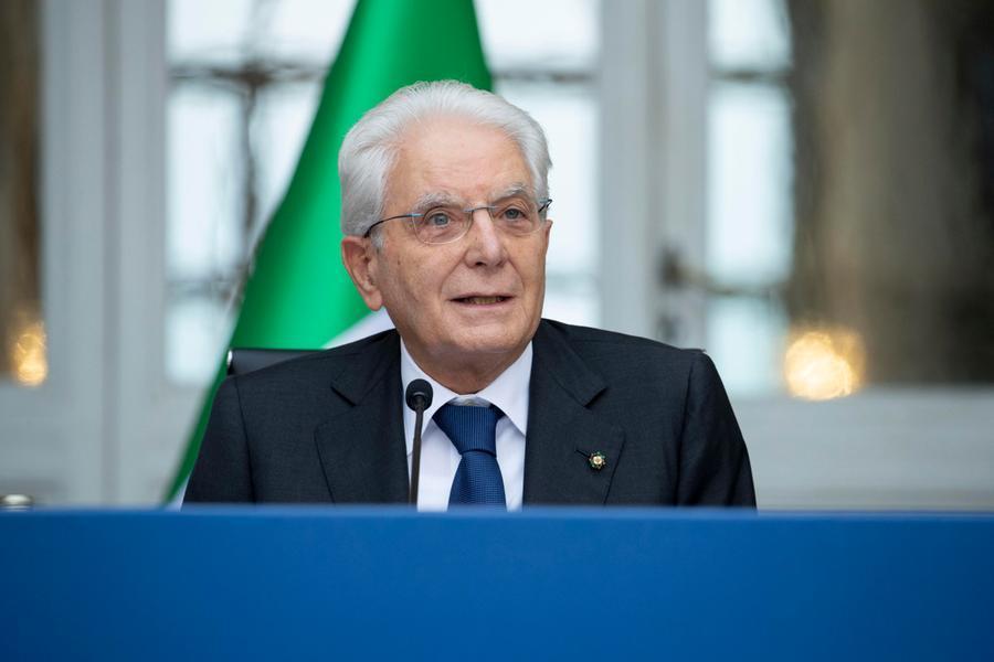 """Mattarella: """"Rafforzare l'Unione europea per rafforzare la Nato"""""""