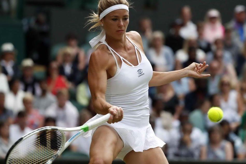 Wimbledon: Camila da applausi, ma Serena è troppo forte