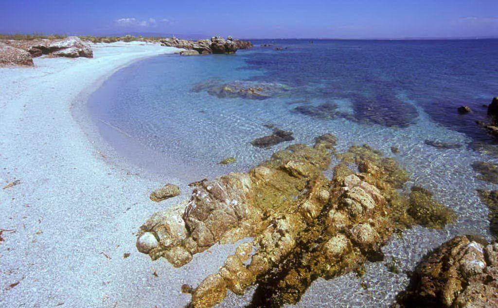 L'Isola di Mal di Ventre (Archivio L'Unione Sarda)