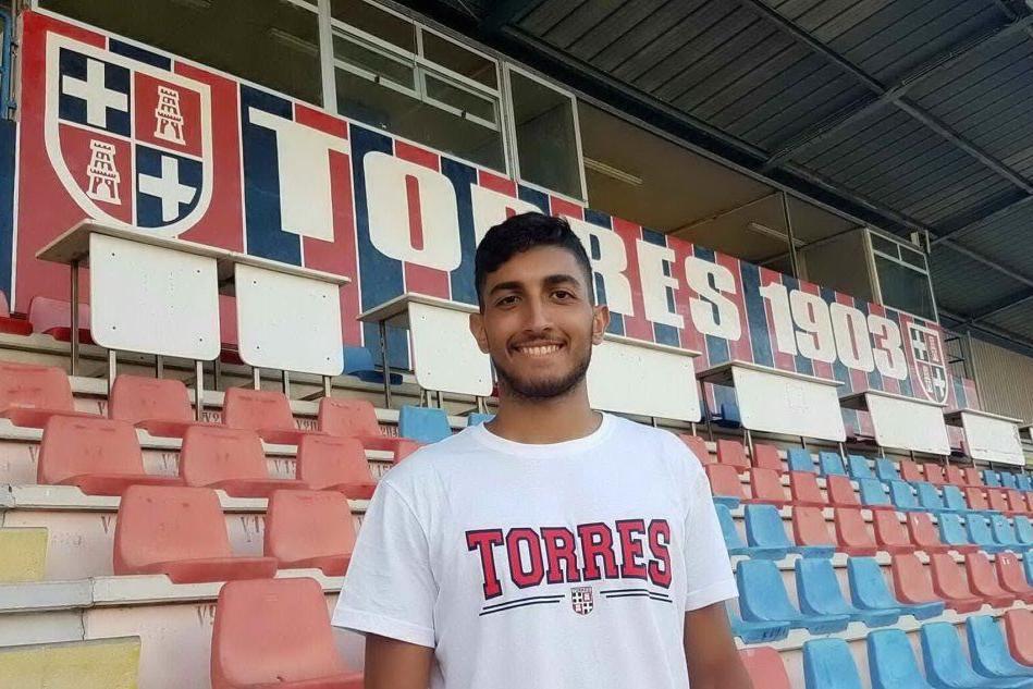 Serie D, la Torres ingaggia il difensore Lazazzera. Parte Di Paolo