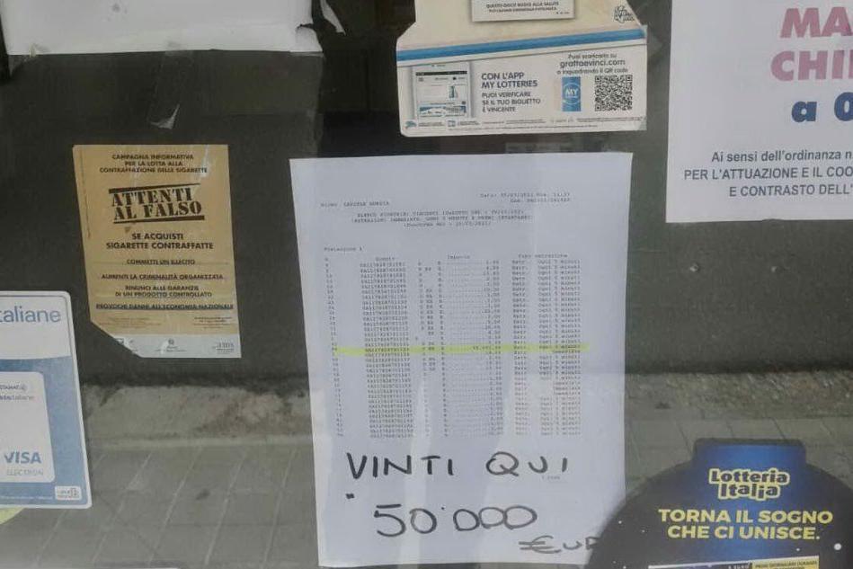 Simaxis, gioca 4 euro al 10 e Lotto e vince 50mila euro