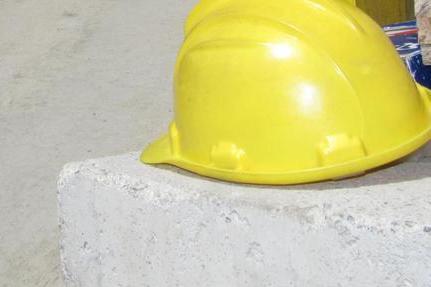 Tragico incidente inun cantiere, muore un operaio 50enne