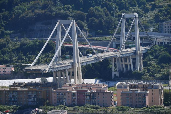 Ponte Morandi, accordo tra Stato e Autostrade: 3,4 miliardi per la collettività