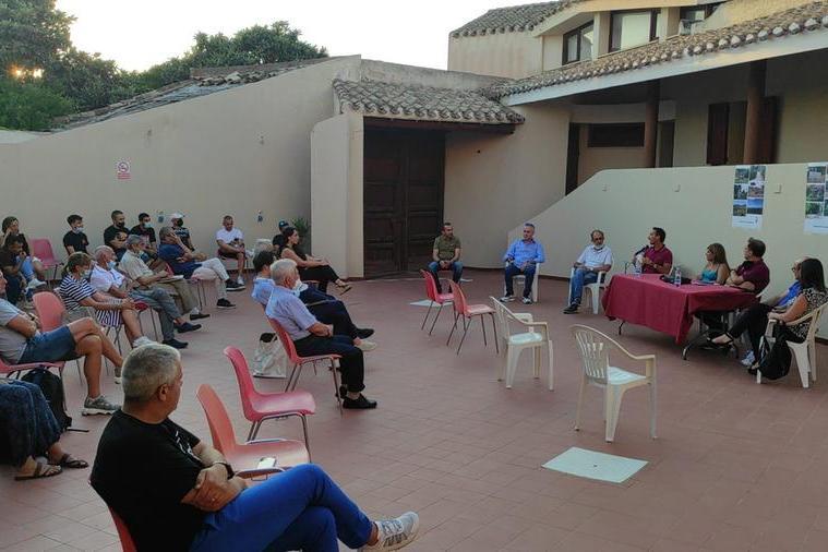 Un momento del dibattito (L'Unione Sarda - Andrea Serreli)