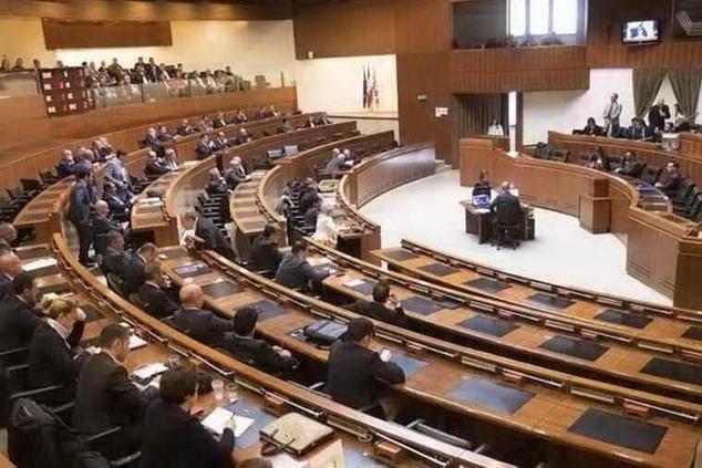 Regione: legge omnibus,il testo arriva alle opposizioni