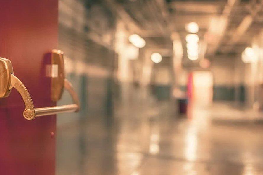 Violenza sessuale su una paziente in ospedale: in manette ausiliario