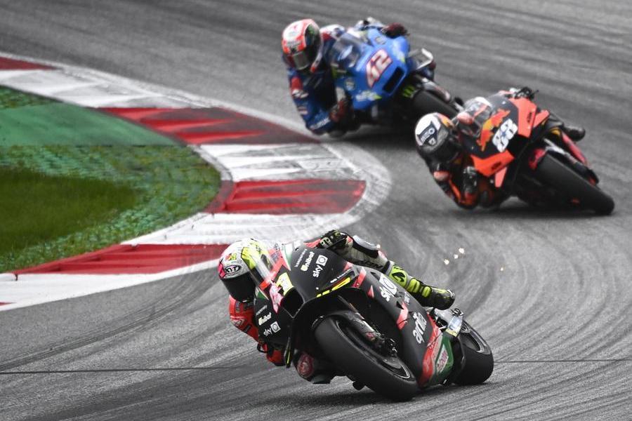 Moto Gp, a Silverstone domina Quartararo: primo storico podio per l'Aprilia