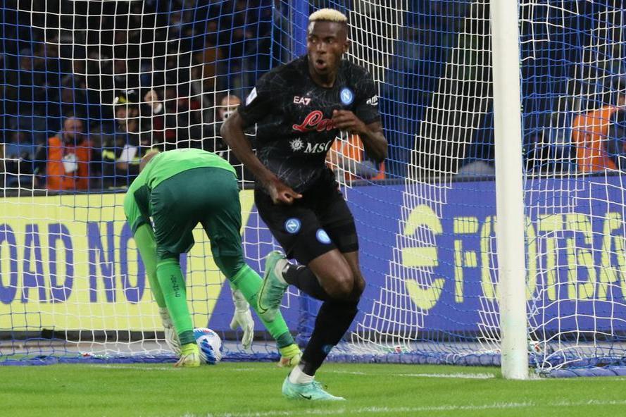 Il Napoli vince ancora, otto su otto. Ok Milan e Atalanta, ko Inter con la Lazio
