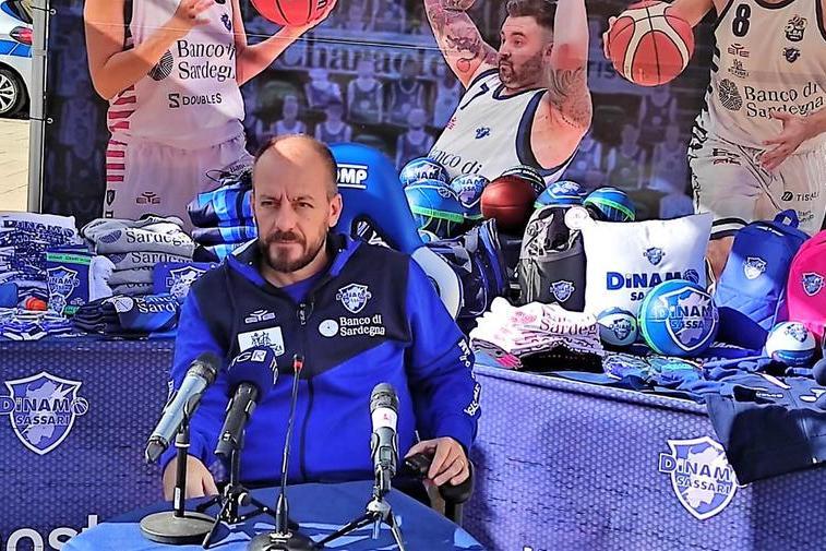 La Dinamo cerca il colpaccio a Tenerife