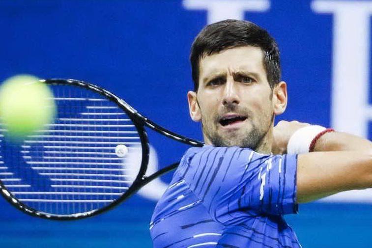 Djokovic positivo al Covid: è bufera sul torneo organizzato dal tennista