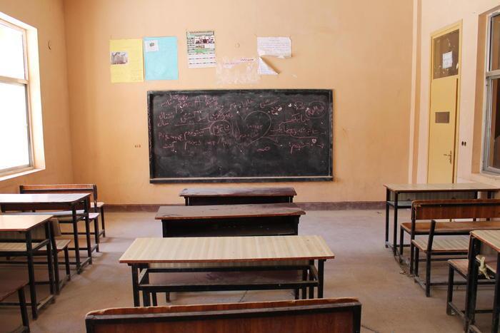 I talebani riaprono le scuole ma solo per i maschi