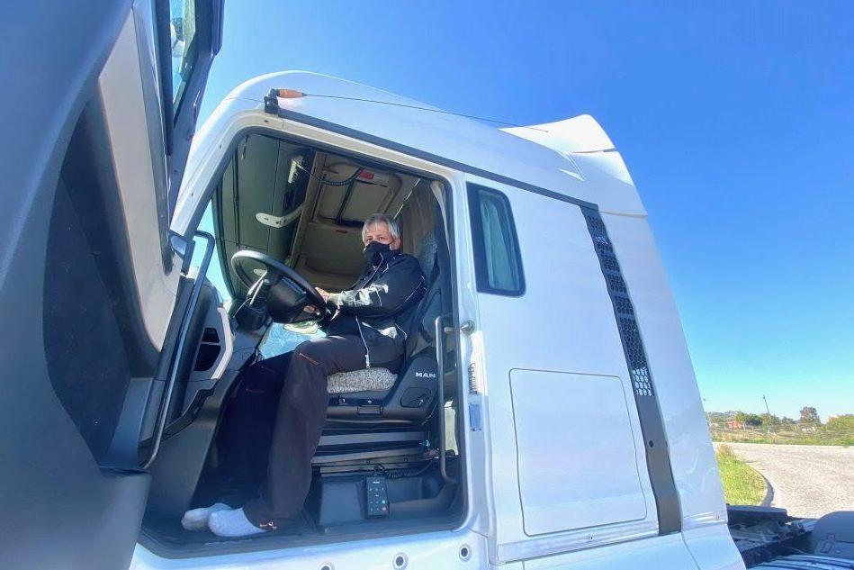 Il camionista Roberto Porcheri (L'Unione Sarda)