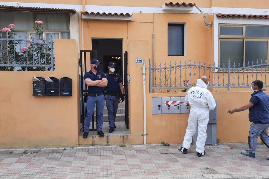 Cagliari, ferito con un'arma da fuoco: si cercano due persone