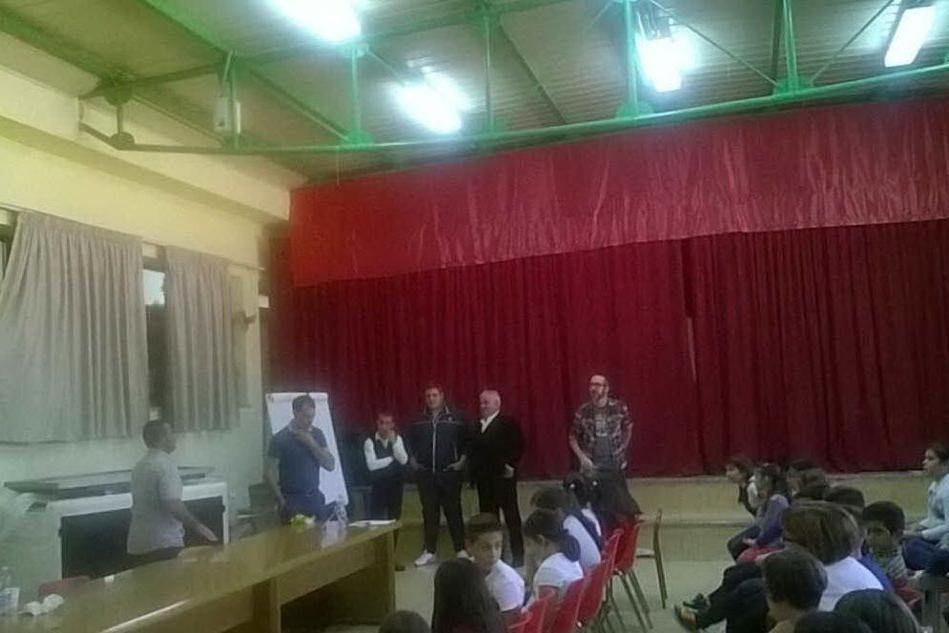 Poesia improvvisata in scena a Siniscola, alla riscoperta delle tradizioni