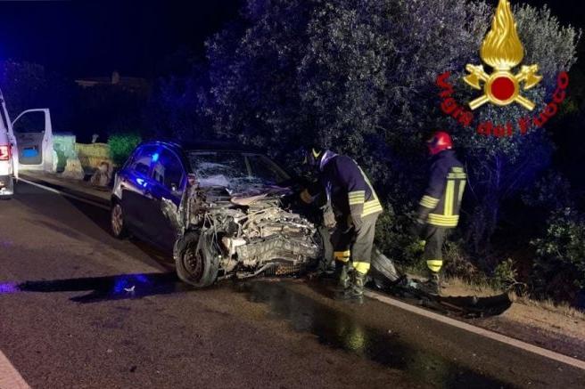 Frontale ad Arzachena, i due conducenti portati in ospedale