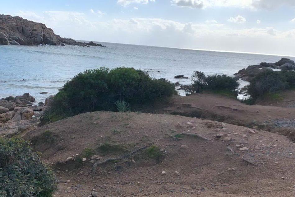 La zona in cui è stato recuperato il corpo (Foto I.Murgana)