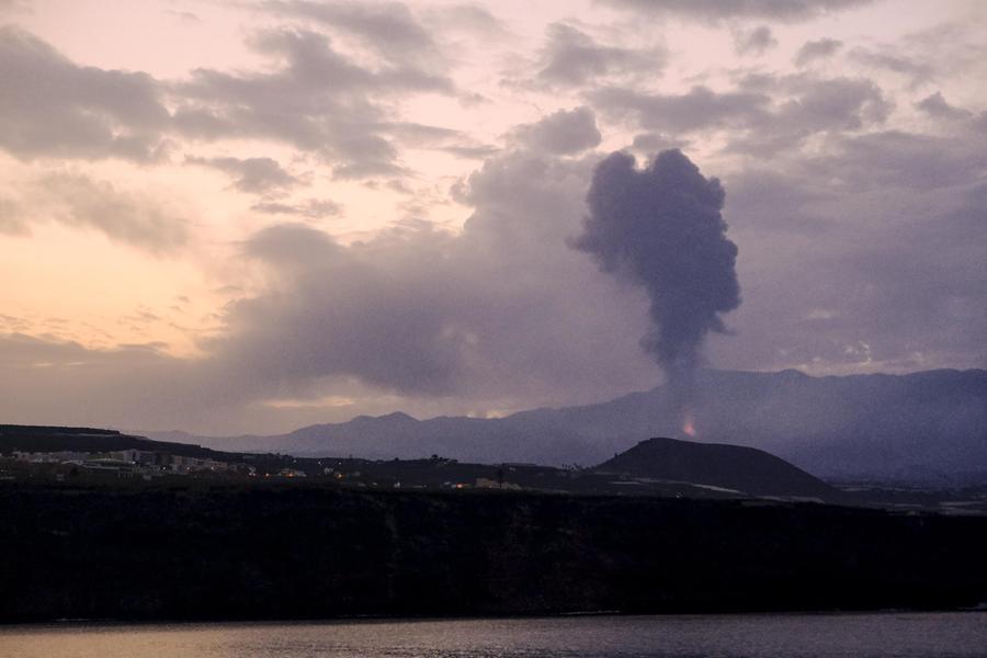 La nube vulcanica delle Canarie in arrivo in Italia: è allarme in Sardegna