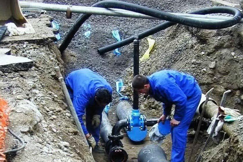 Guasto all'acquedotto Sarcidano, riparazione in corso