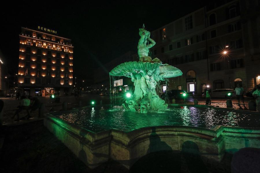 Giornata nazionale della Sla: l'Italia si illumina di verde
