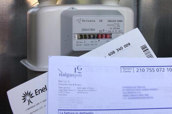 Caro bollette, il piano del governo per ridurre gli aumenti di luce e gas