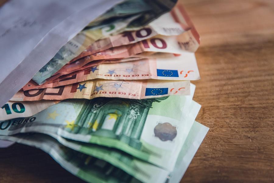 Iglesias, ruba 60 euro al supermercato: 54enne in arresto