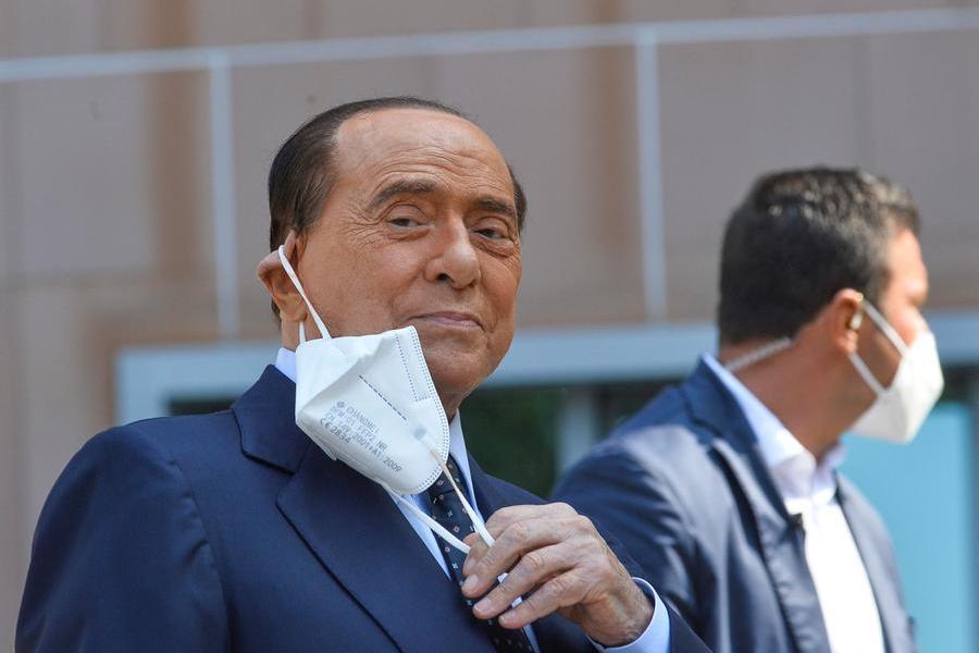 Ruby ter,Berlusconi chiede un nuovorinvio dell'udienza per motivi di salute