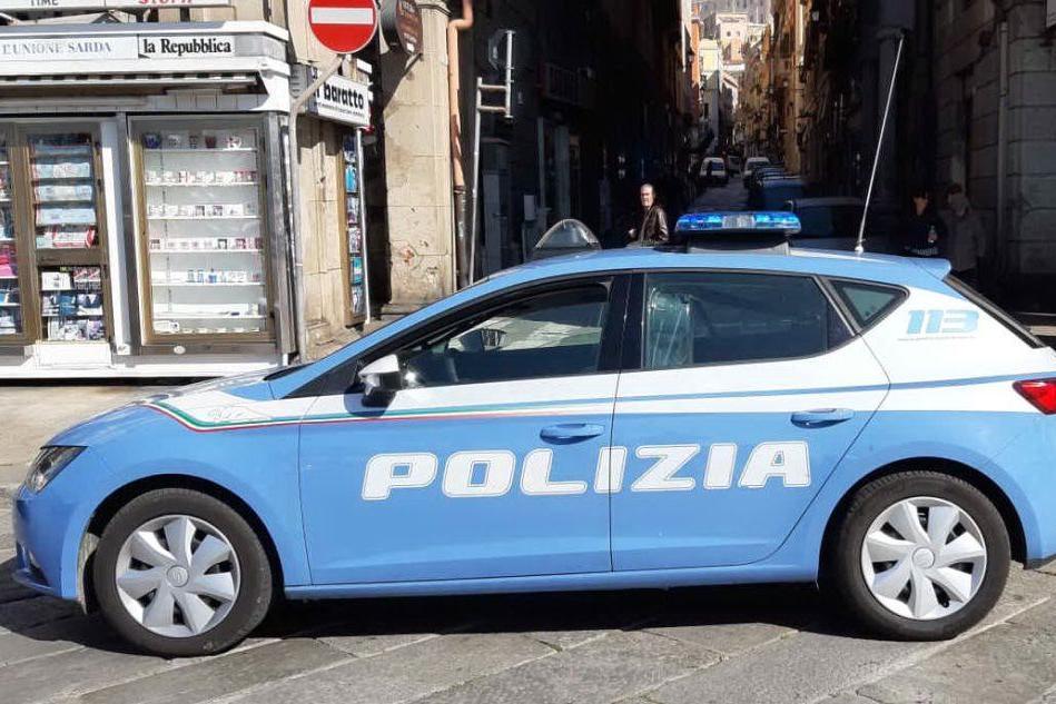 Coppia scippata a Cagliari, la Polizia sulle tracce dell'aggressore