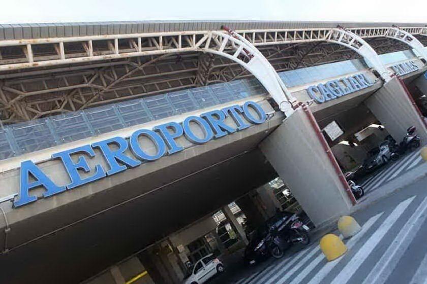 L'aeroporto di Cagliari-Elmas (archivio L'Unione Sarda)