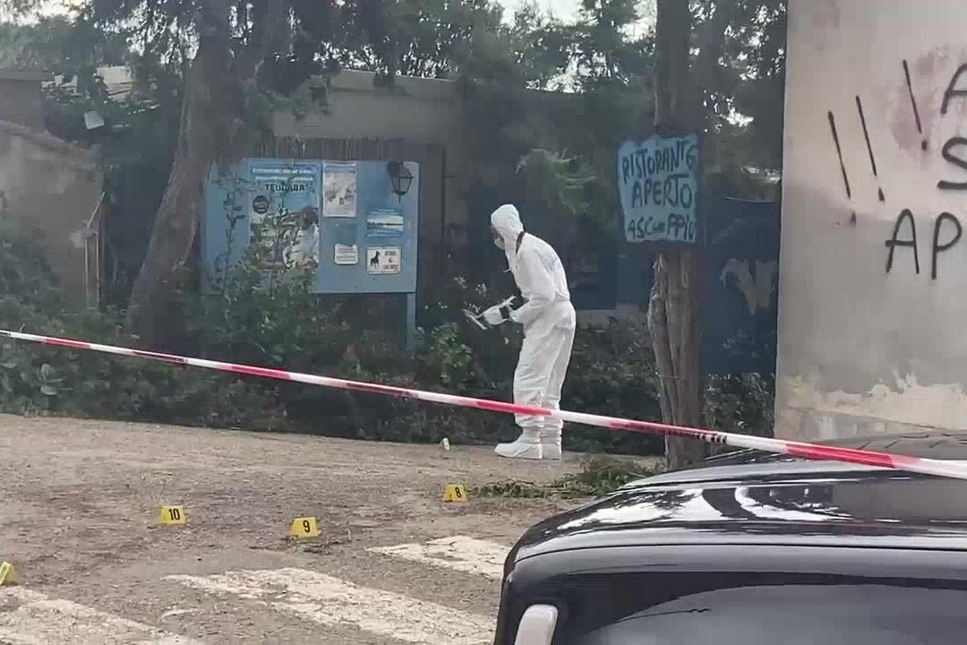 Chef ucciso a Teulada, proseguono i rilievi della scientifica
