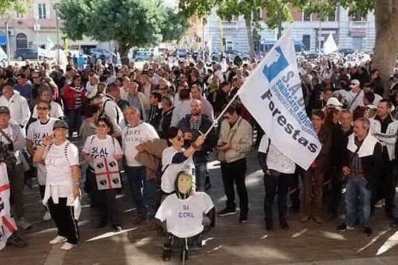 Forestas, il 10 giugno lavoratori in piazza