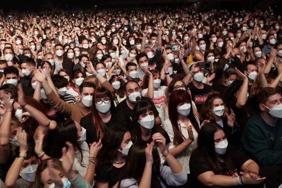 Barcellona, un maxi-concerto con 5.000 persone