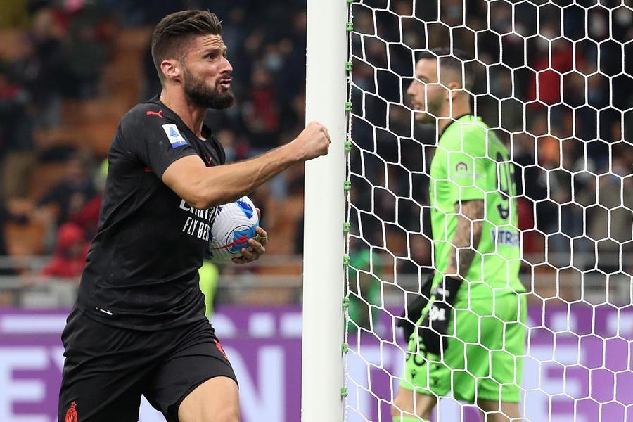 Spezia batte Salernitana, la Lazio piega l'Inter. Super rimonta Milan, 3-2 all'Hellas