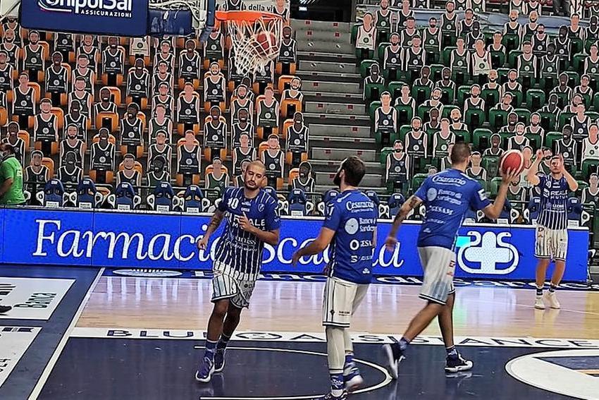 Basket Supercoppa: la Dinamo chiude imbattuta, 77-61 su Varese