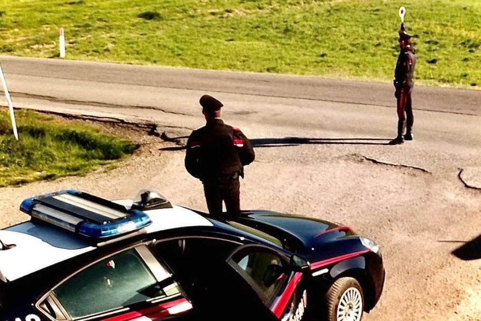 San Sperate: alla guida senza patente, nasconde in auto la droga