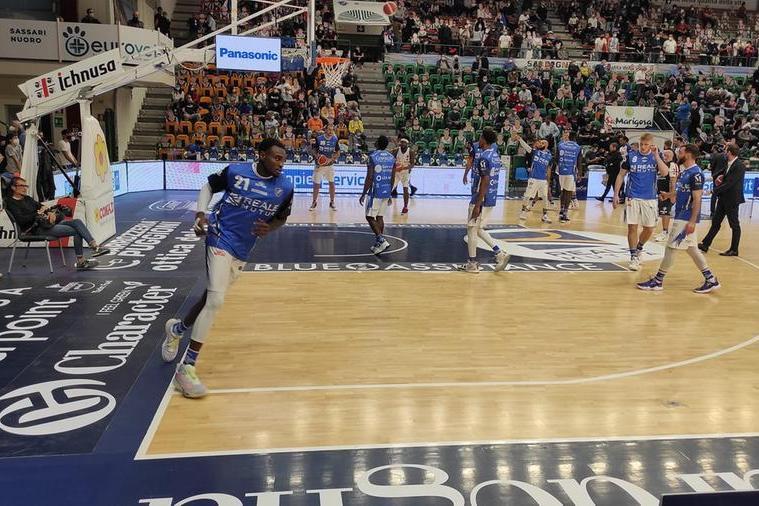Una Dinamo pasticciona viene superata in casa da Brescia 65-76