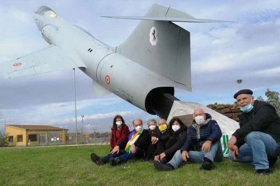 """No alla scuola per piloti militari"": sit-in antimilitarista a Decimomannu"