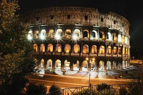 I monumenti italiani si illuminanoper sostenere la ricerca