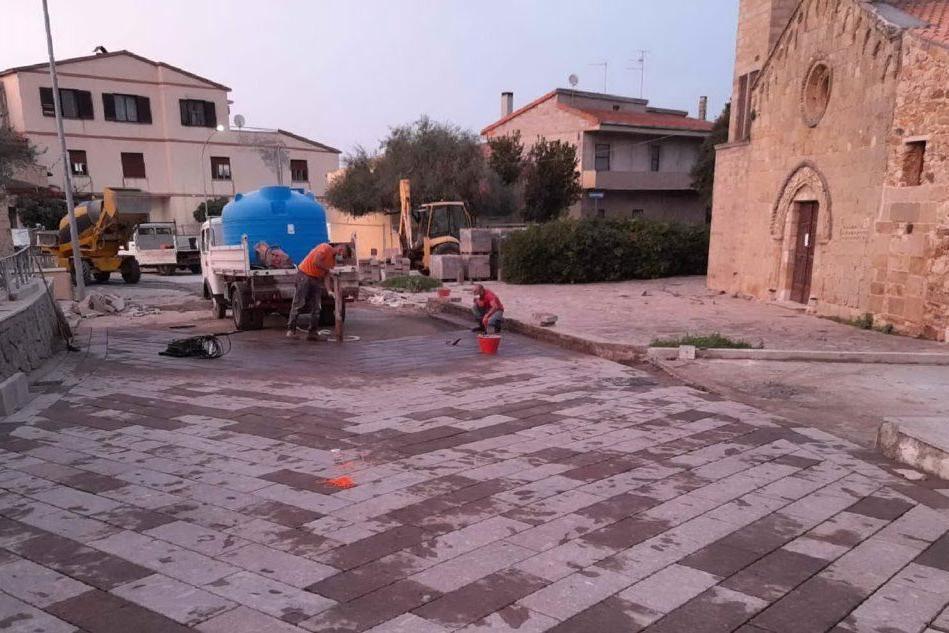 Santa Maria Coghinas, via ai lavori di pavimentazione