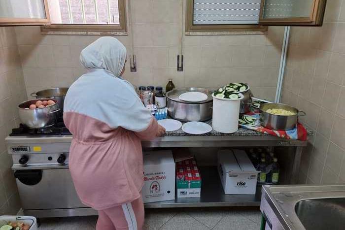 Tredici famiglie afghane accolte ad Olbia, tra di loro 23 minori e un bimbo di due mesi